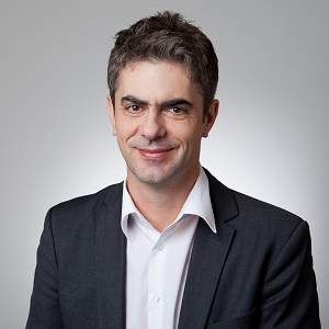 Prof. Dr. Tino Schuppan